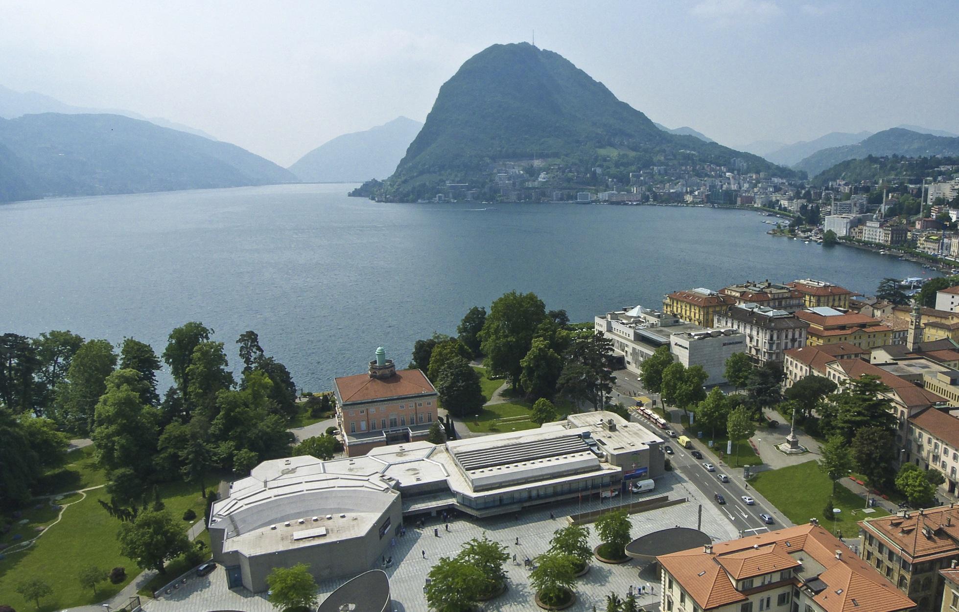 Lugano_aussen_klein.jpg